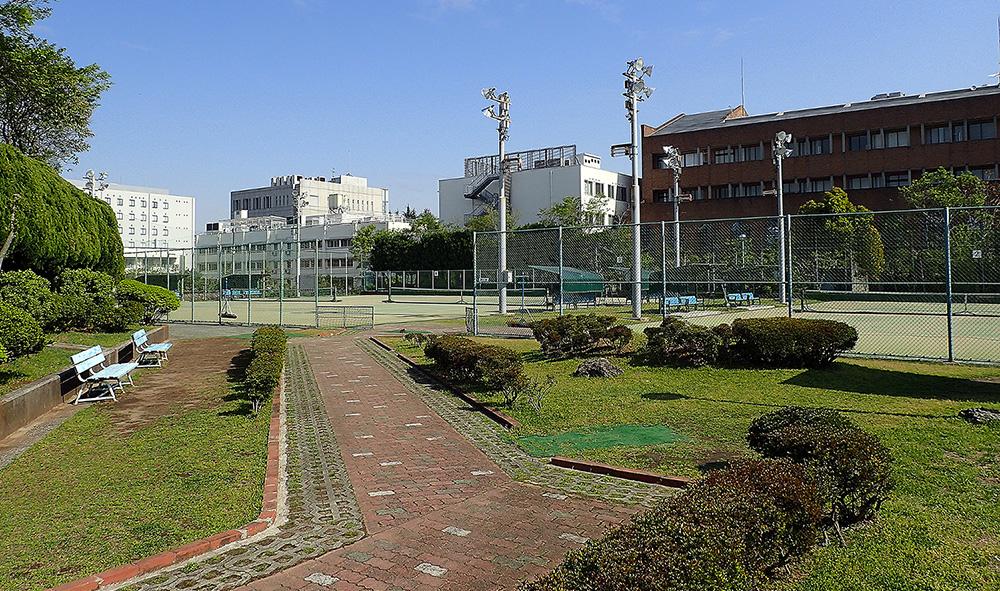 加賀庭球場